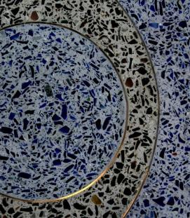 Byåsen school: detail glass in concrete
